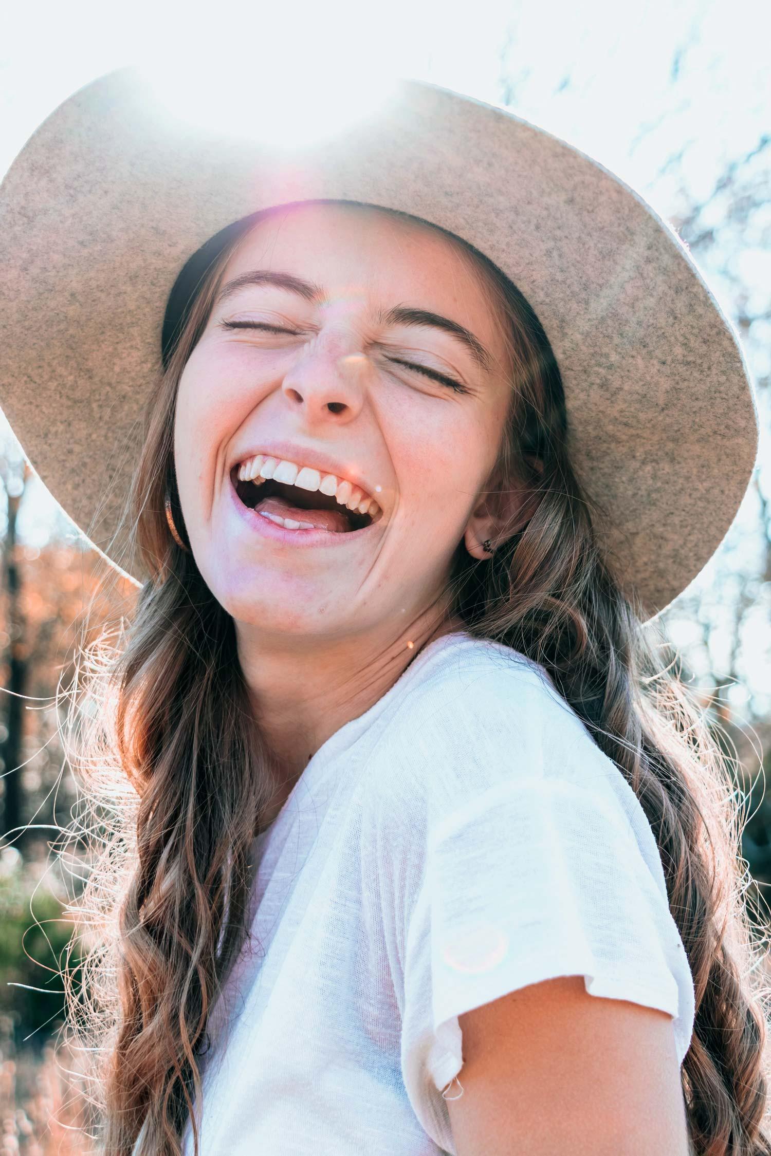 Warum Vorsicht bei Zahnbelag, Plaque und Biofilm geboten ist erklärt Dr. med. dent. Nicole Wagner